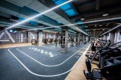 Освещение залов фитнес-клуба светильниками собственного производства