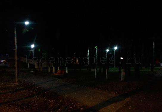 уличное освещение парковых аллей